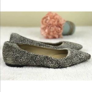 UGG Collection Leopard Flats Made In Italy Sz 8